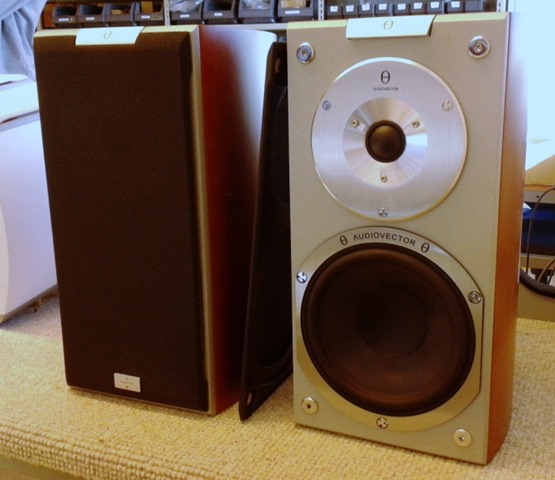 Audiovector Si 1 gereed