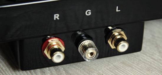 Block platenspeler aansluitpaneel