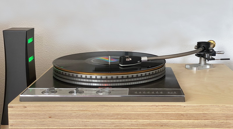 DS Audio ION-001 Vinyl Ionizer