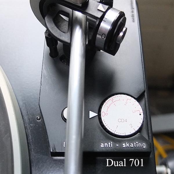 Dual 701