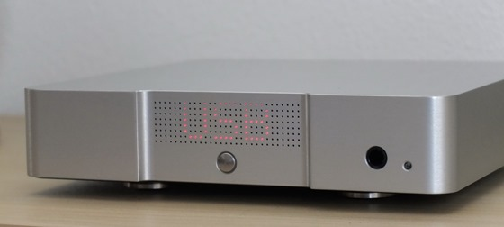 Didit High-End DAC 2012 - front (3)