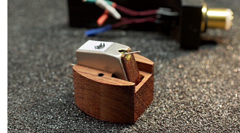 Holistic Audio HA-100C