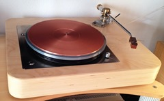 Lenco with GrooveMaster tonearm and Lucianissimo coppermat (3)