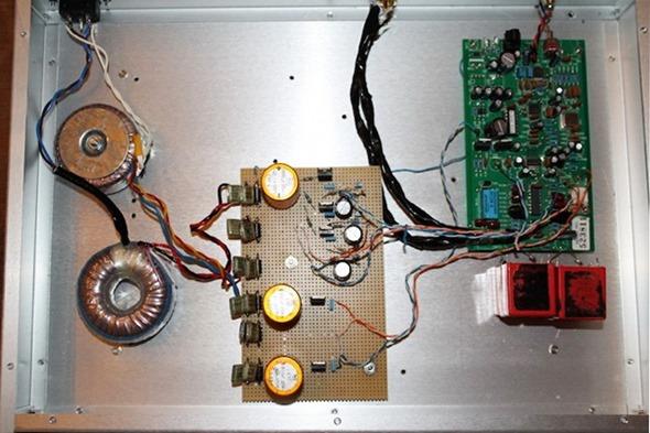 Musical Fidelity V-DAC ingebouwd in aluminium kast (2)