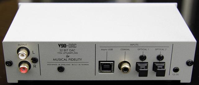 Musical Fidelity V90-DAC achterkant