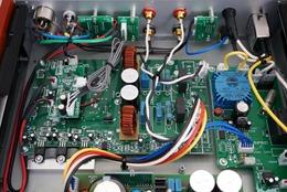 SPEC RPA-W7EX binnenkant detail versterker (2)