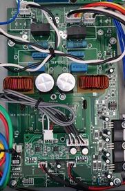 SPEC RPA-W7EX binnenkant detail versterker