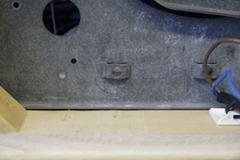 Thorens TD-160 oude aansluitbordje verwijderd