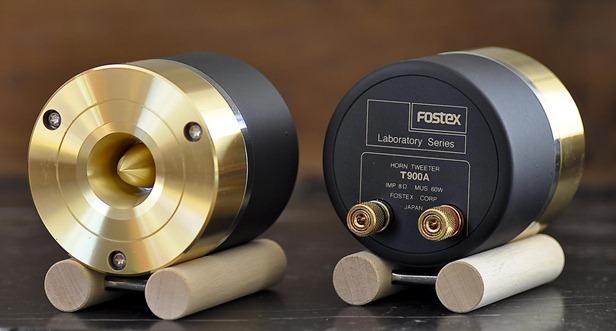 Fostex T900A voor en achterkant